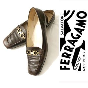 Salvatore Ferragamo Style Slip On Flat Size 8.5M